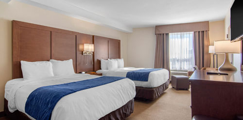 Comfort Inn & Suites Medicine Hat Double Queen