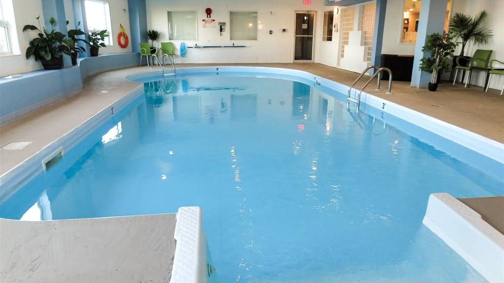 CIMH Swimming Pool.jpg